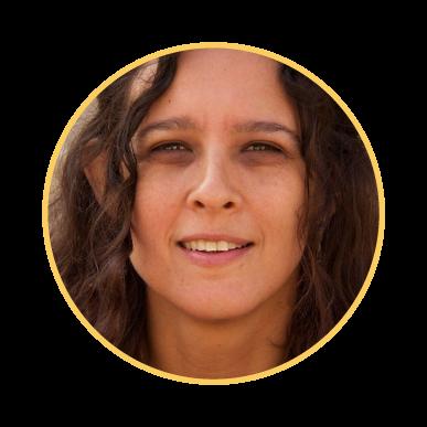 Prana-yoga-Claudia-Sanchez-profesora-de-yoga